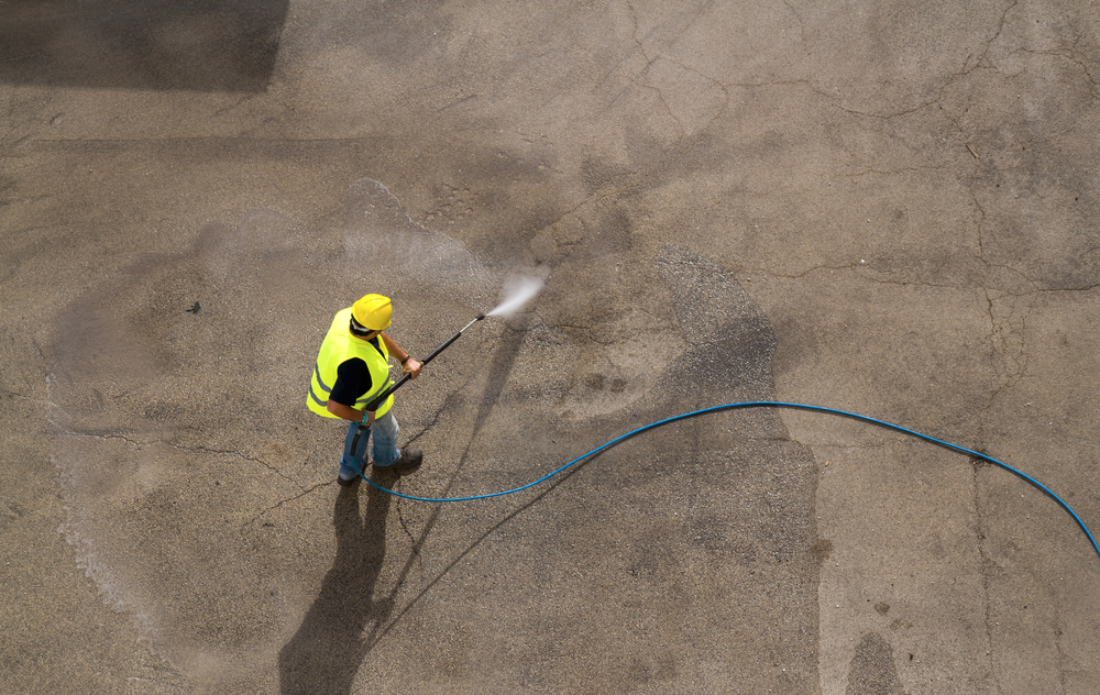Soft washing services, pressure cleaning, roof washing, gutter cleaning annapolis maryland